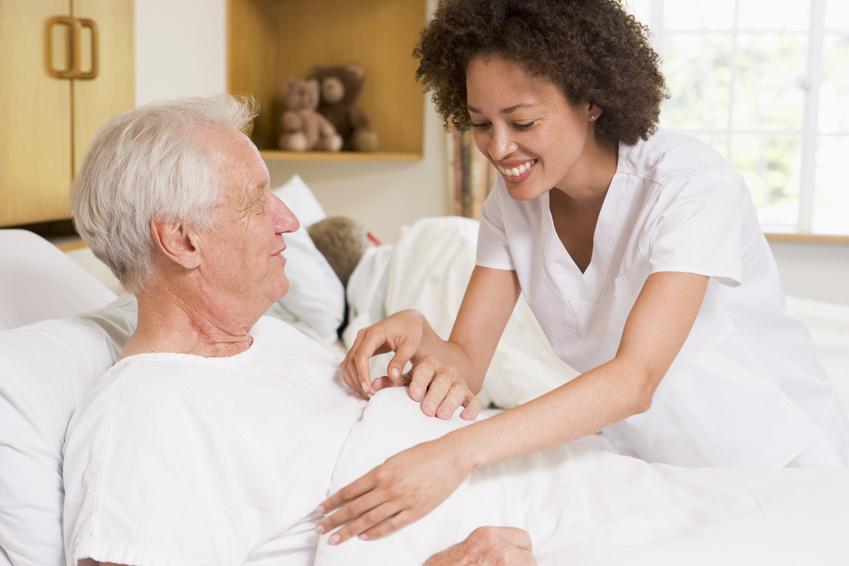 Bien choisir l'établissement idéal pour les personnes âgées, mode d'emploi