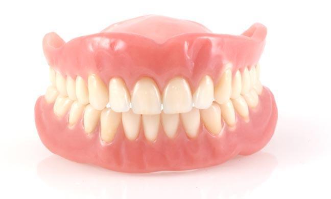 Quel est le rôle du prothésiste dentaire ?