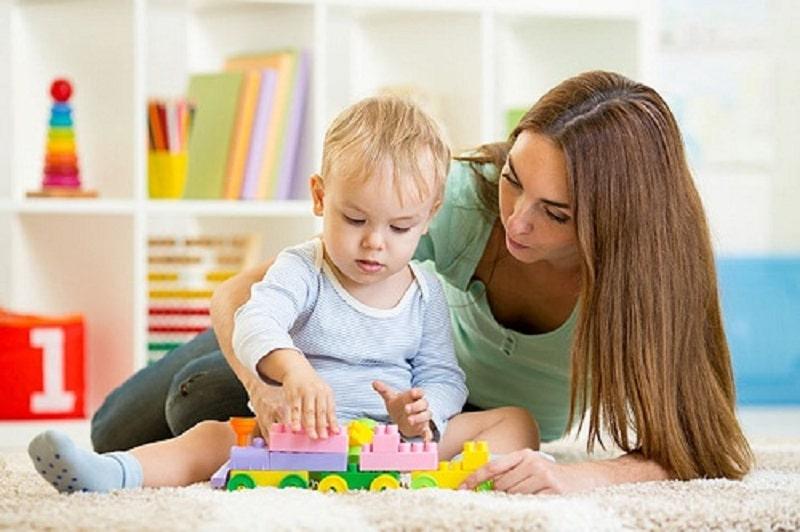 Les meilleures applis pour trouver une baby-sitter en 5 minutes