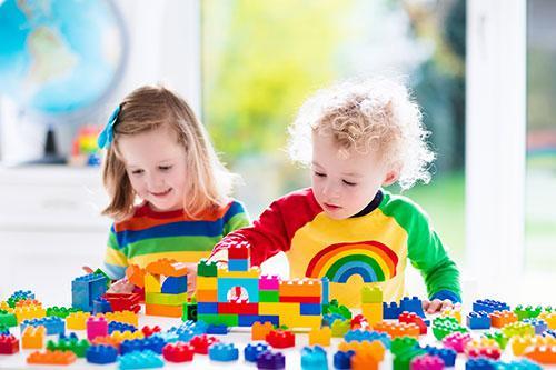 Quels types de crèches choisir pour vos enfants ?