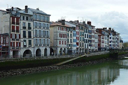 Le secteur de l'immobilier au Pays basque