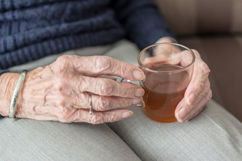 Autonomie: des solutions pour bien vieillir chez soi