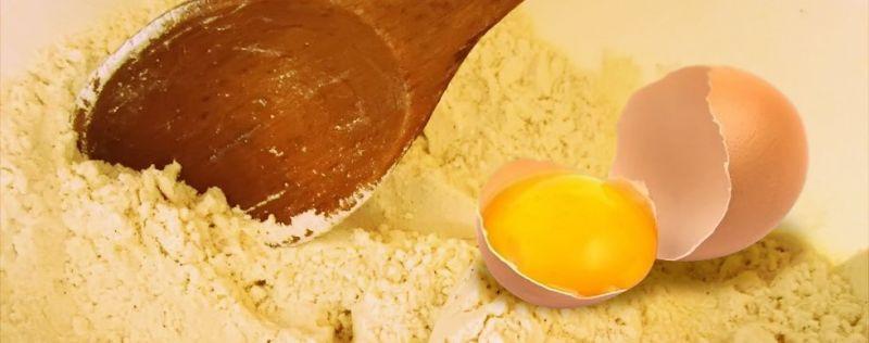 Quel est l'apport de l'œuf en poudre à la création culinaire ?